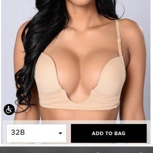 Fashion nova bra